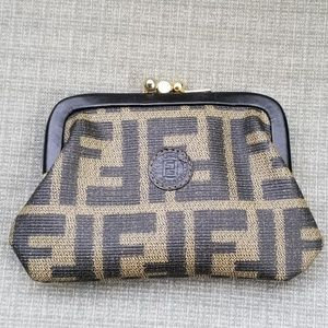 Vintage Fendi coin clasp purse